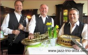 Swingmusik Jazzmusik Dixiemusik als Unterhaltungsmusik für Privatfeste und Firmenfeste
